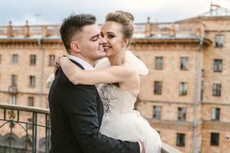 Проект Relax.by «Свадебное преображение». Создаем три образа для жениха и невесты