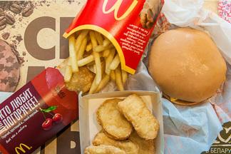 KFC в Galleria Minsk, Carl's Junior и McDonald's в «Момо» и доставка «Крошки Картошки». Последние новости фастфуда