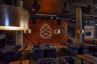 Хвойные коктейли и микс кухонь разных стран. На проспекте Дзержинского, 57 открылся «Шишка Lounge Restaurant»