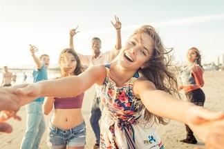 Пенный танцпол, огромный фудкорт и горки аквапарка: что делать на фестивале «Энергия лета-2017»