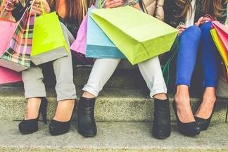 Одежда, обувь, аксессуары: больше 10 актуальных скидок в минских магазинах