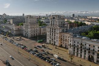 «С этикетом и  вежливостью в  Минске есть какие-то трудности» — что приезжим нравится и не нравится в  столице