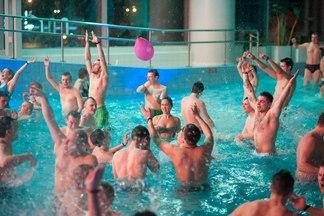 «Пенный танцпол и русалки». Первая летняя вечеринка в аквапарке «Лебяжий» пройдет 23 июня