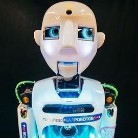Открытие выставки «Бал роботов»
