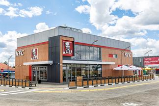 Первый круглосуточный «KFC-Авто» открывается сегодня в Ждановичах. Шефбургер за копейку до 23 июня!