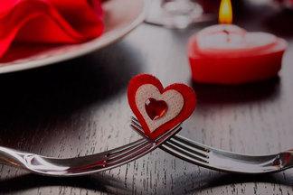 Устроить романтический ужин и не разориться. 7 ресторанов, где можно потратить за вечер до 70 рублей