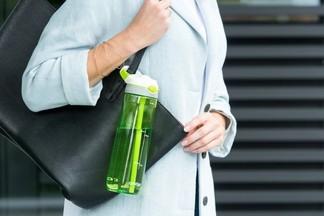 В Беларуси откажутся от продажи напитков в пластиковой таре объемом более литра