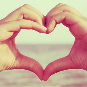 Красиво и нетривиально признаемся в любви девушке