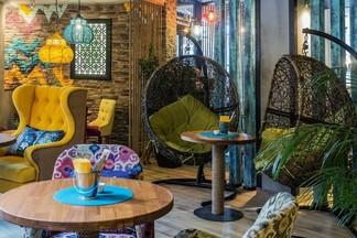 Новый паназиатский ресторан «Шикари» открылся на Сурганова и ждет гостей до 3 ночи