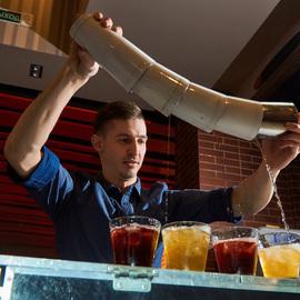 Сделай бармена