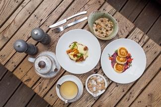 Завтрак в городе: с каких блюд предлагают вкусно начать день в ресторане Spoon