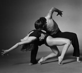 В школе танцев A-class открыты бесплатные уроки по многим видам танца