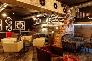 Пельмени за 3,5 рубля и кальяны от 20: на Октябрьской открылся бар-кальянная «Майстэрня Дыму»