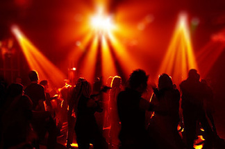 От уютных квартирников до громких концертов. Рассказываем, куда идти в поисках музыки и танцев