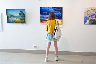 В галерее Савицкого открылась выставка современного искусства