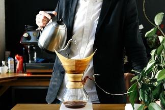 Кемекс, аэропресс, раф и флэт-уайт: все, что нужно знать о  новом поколении минских  кофеен