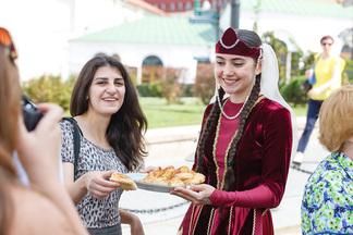 Дегустация долмы и давление винограда: в Минске пройдет праздник Армении