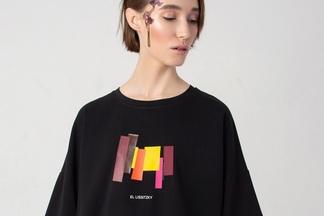 Белорусский бренд одежды представил лимитированную коллекцию с цитатами белорусских художников