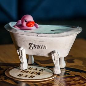 Фотофакт: где в Минске выпить коктейль из ванной?
