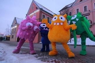 Фотофакт: популярные в Европе игрушки-монстры добрались до Беларуси