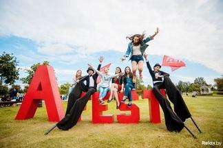 Впервые на A-Fest будет работать зона «А-Фэшн», где вам помогут собрать олдскульный образ