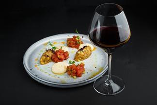 Эногастроужин в STUDIO Wine & Spirits: почему стоит посетить?