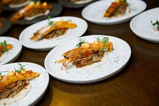 Говяжьи хвосты и шея ягненка. Что предлагали гостям на гастроужине с шеф-поваром из Испании в кафе «Чехов»