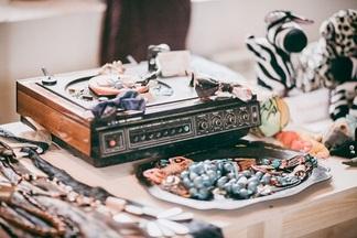 DJ, винтажные вещи, эксклюзивная еда: в «Горизонте» и около него пройдет фестиваль-барахолка