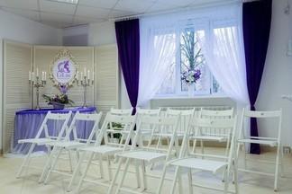 Фотофакт: в Минске открылась новая школа красоты LiLac
