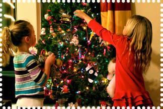 Как украсить елку в год Петуха