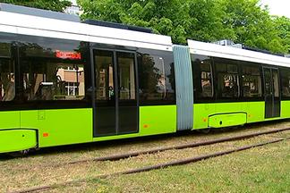 В Минске тестируют 30-метровый трамвай на 400 мест