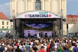 40 фудтраков, грузинские танцы и свадьба: полный гайд по бесплатному фестивалю «Тбілісоба»