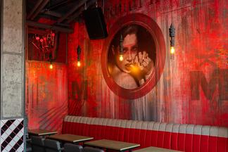 Похмельные вечеринки, сытные завтраки и напитки для «грешников»: на улице Зыбицкой открылся бар MaryLand