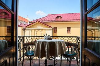 От панорамного вида на Верхний город до двориков Старого Минска. Что стоит знать о террасах Staromestny Pivovar?