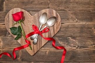 Что, где, сколько стоит: 15 крутых скидок для влюбленных на покупки, развлечения и еду в ресторанах