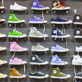 Где в Минске купить легендарную городскую обувь: выбираем Converse, New Balance, Bloch, Hunter
