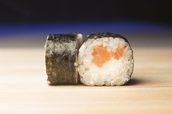 Новое меню! Паста, суши, салаты, десерты в «Ice Bar» от 2,80 руб.