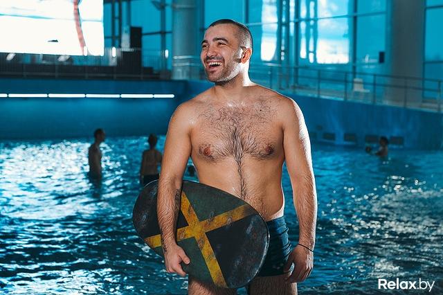 Сексуальные спасатели в басейнах