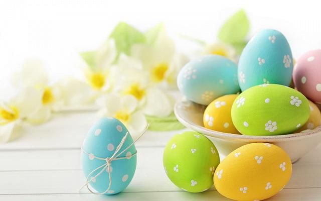 Когда православная Пасха в Беларуси апреля Когда  Миллионы людей по всему миру отмечают Пасху пекут куличи и красят яйца Эти наиболее яркие символы весеннего праздника известны всем с детства