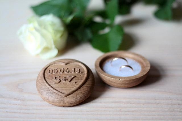 Мужу с деревянной свадьбой