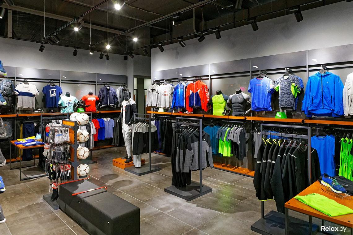 По случаю открытия новый магазин ANTA SPORTS предоставляет скидку -20% до  25 июня. Он находится на 1-м этаже торгового центра «Замок» по адресу  пр-т  ... efd9ca34f25